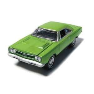 GreenLight MCG Stock & Custom   1969 Plymouth GTX Hardtop