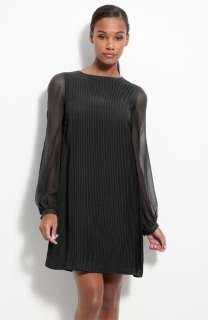 Sz. 14 Julie Dillon Pleated Chiffon Shift Dress Black
