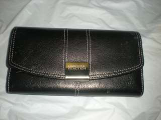 KENNETH COLE REACTION FRAME black ALL ONE LEATHER WALLET PURSE