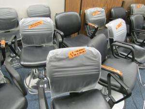 Lot of 6 Hydraulic Barber/Salon Beauty Styling Chairs