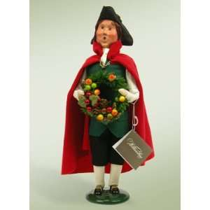 Byers Choice Carolers   Colonial Man with Wreath