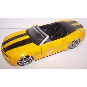 Jada Toys 1/24 Scale Diecast Big Time Muscle 2007 Camaro