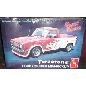 Ford Courier Mini Pickup 1/25 Scale Plastic model kit,needs assembly