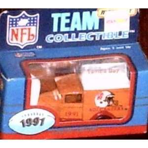 Bay Buccaneers 1991 Matchbox/White Rose NFL Diecast Ford Model A Truck